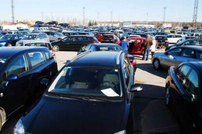 2021072618293382428_bigstock-market-of-second-hand-used-car.jpg