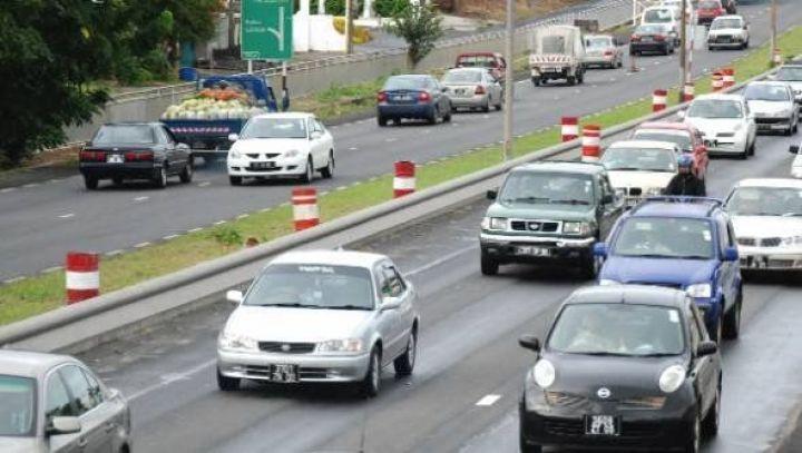 mauritius-roads1.jpg